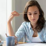 Cómo recordar mejor lo que estudias con el truco de la curva del olvido