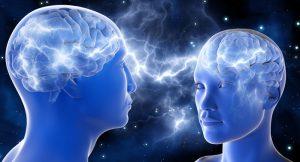 Cómo las neuronas espejo influyen en el amor romántico