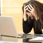 Estrés laboral y programas de bienestar