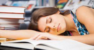 dormir despues de estudiar