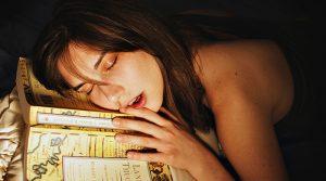 La falta de sueño reduce el cerebro