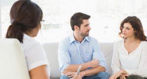 Acabar o seguir con la relación: La terapia de pareja