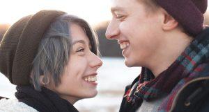 Cómo seducir a un amigo: 7 elementos cruciales