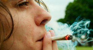 Cannabis: ¿Una droga más dañina de lo que pensamos?